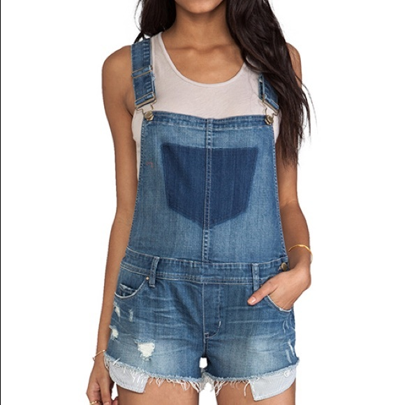 Blank nyc denim overall shorts!!